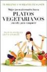 Mujer alternativa joven busca platos vegetarianos para compartir